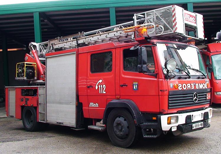 Resultat d'imatges de coche bomberos