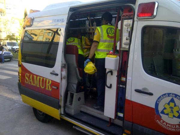 Un trabajador resulta herido muy grave con quemaduras tras una explosión (3/3)