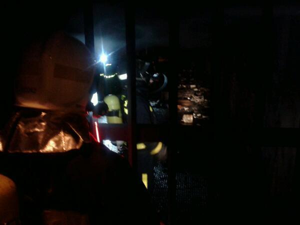 Incendio en una galería subterránea en Plaza de España (2/3)